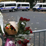 Attentats-a-Paris-le-detenteur-du-passeport-syrien-trouve-a-Paris-est-passe-par-la-Grece.jpg